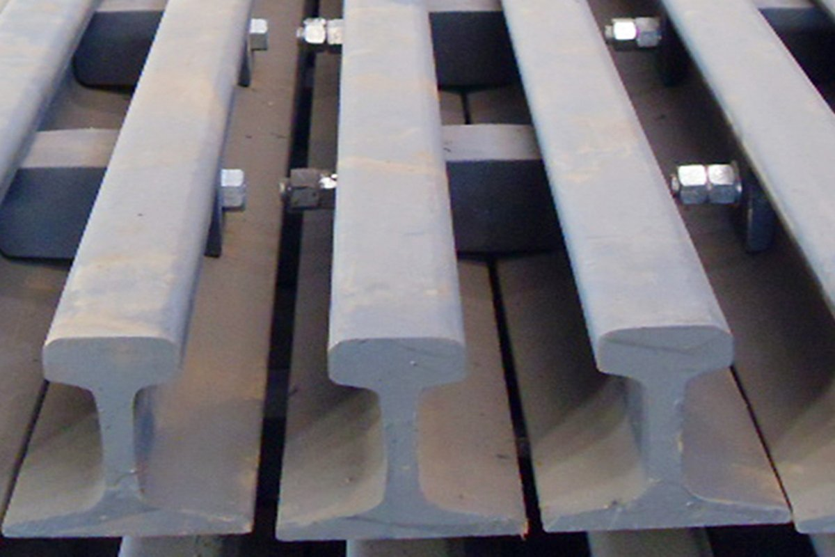 Rail coating